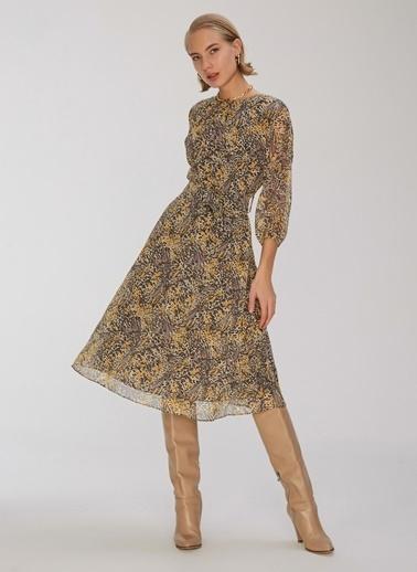 People By Fabrika Yaka Detaylı Desenli Elbise Gri